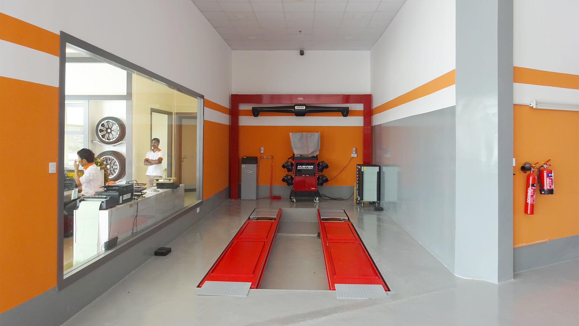 wheel alignment orange auto