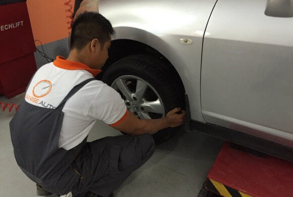 How do I know when to change my tyres in Dubai?