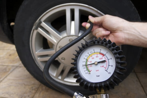 Precautions Motorists can Take to Minimize Tyre Blowouts in Dubai
