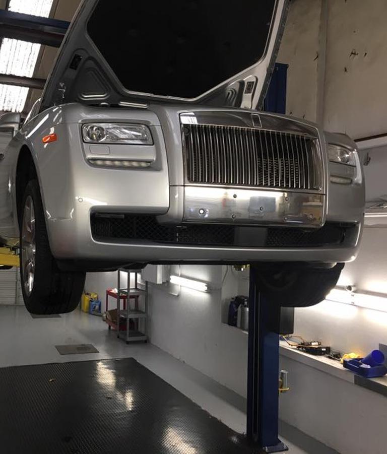 Rolls Royce Repair Center